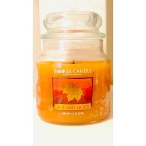 Yankee Candle Medium Classic Candle Autumn Gold